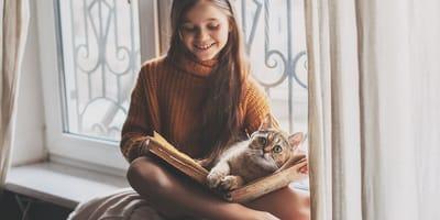 ¿El gato viviría con niños?